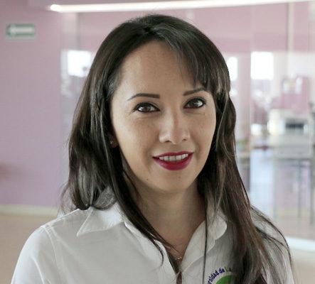 Lic. Adriana Sámano Gallardo