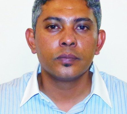 Dr. Arturo Tapia Quiroz