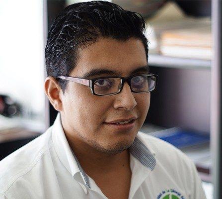 Lic. Luis Flores Pérez